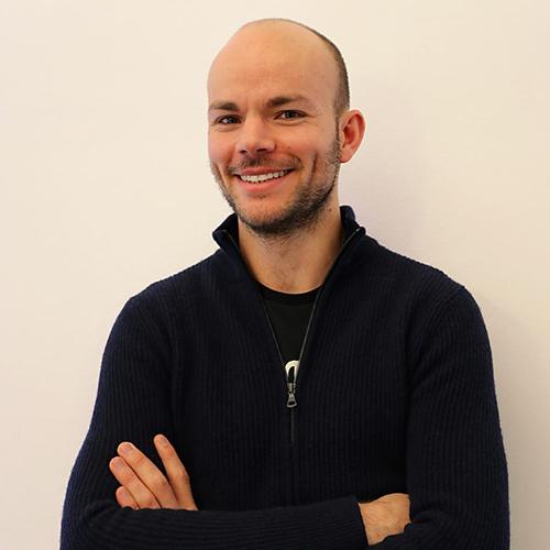 Julian Leitner Smart Host